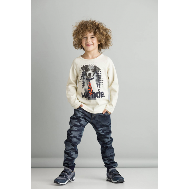 Camouflege printed denim pants and its pairing t-shirt with a print on